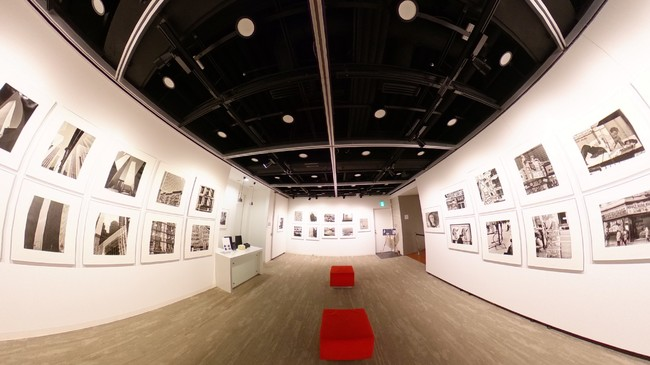 リコーイメージングスクエア東京 バーチャルツアー作成サービス「THETA 360.biz」を採用し360°バーチャルギャラリーを開設