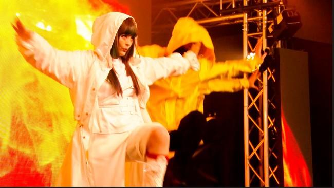 きゃりーぱみゅぱみゅ VRゴーグル使用で飛び出す3D映像も!デビュー10周年第一弾シングル「ガムガムガール」のパフォーマンスビデオを「5G LAB」で独占配信!